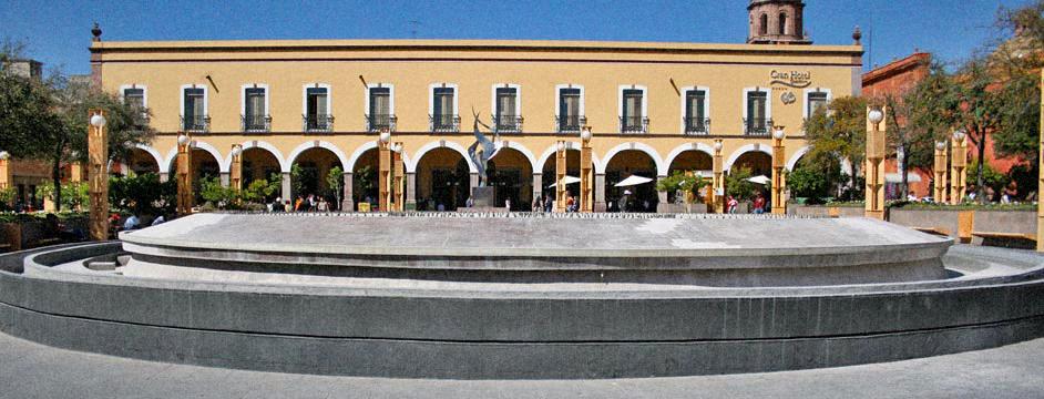 plaza-de-la-constitucion