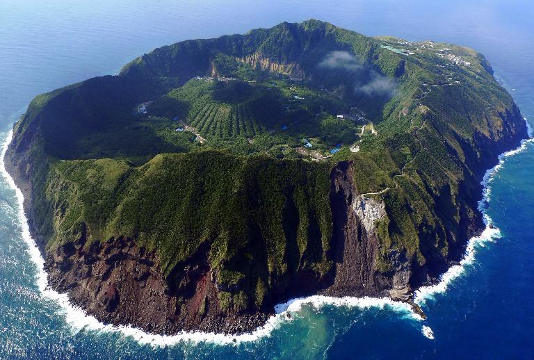 21-isla-aogashima