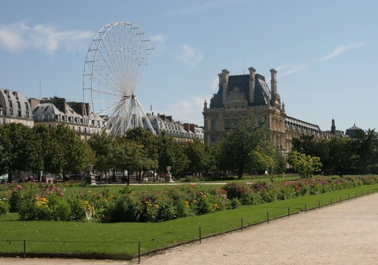 PARIS - AUGUST 21: A general view of the Jardin des Tuileries photographed on August 21, 2007 in Paris, France. (Photo by Bruce Bennett/Getty Images)