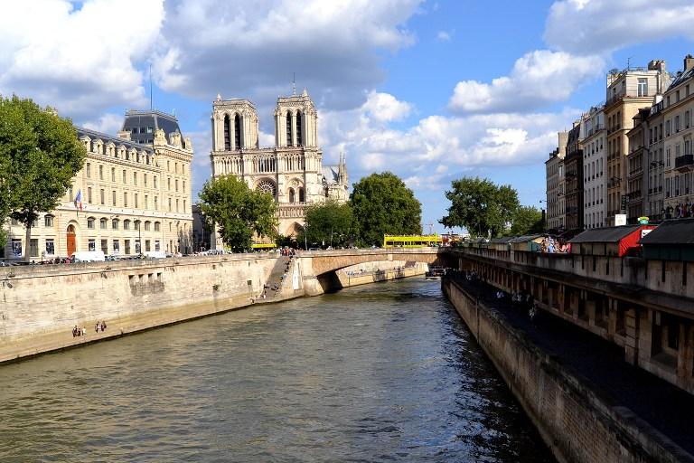 26. Un paseo por la orilla del Sena