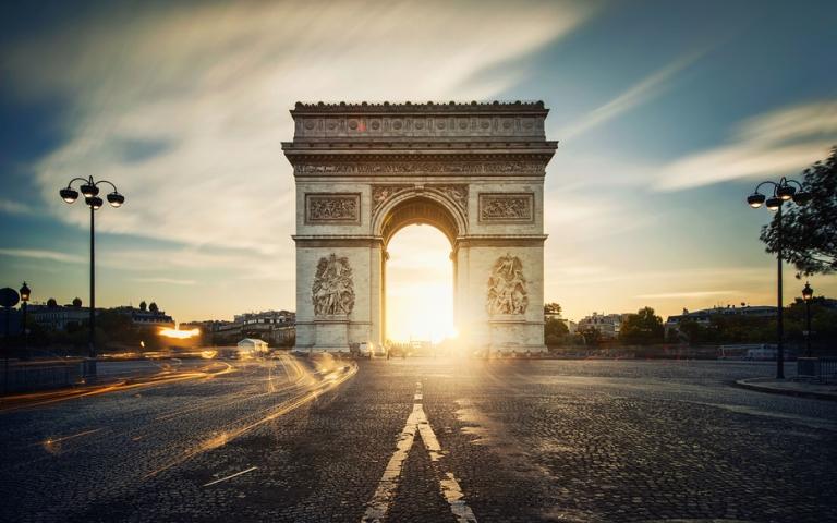 4. Arco de Triunfo