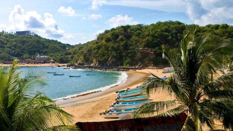 1. Puerto Escondido