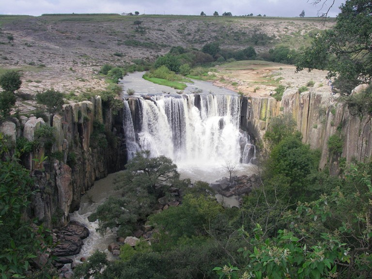 10. Cascada El Mogote
