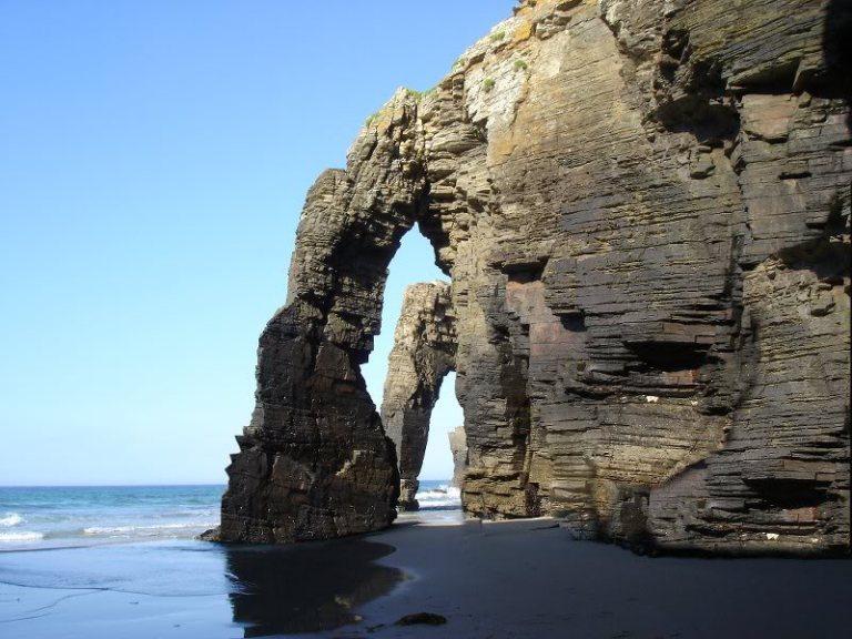 10. Playa de las catedrales