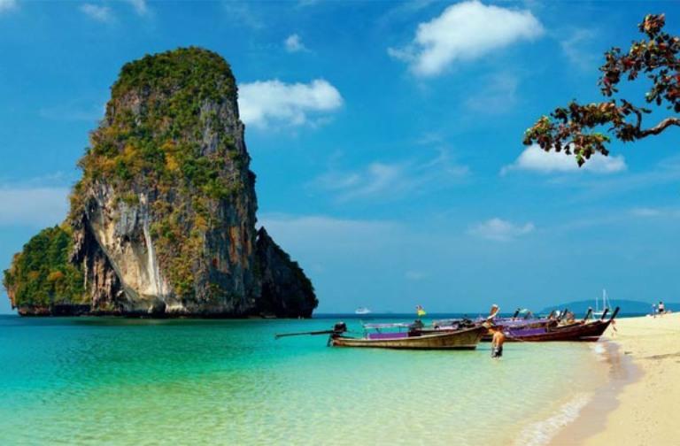 13. Un paraíso entre murallas de roca en Tailandia (Railay)