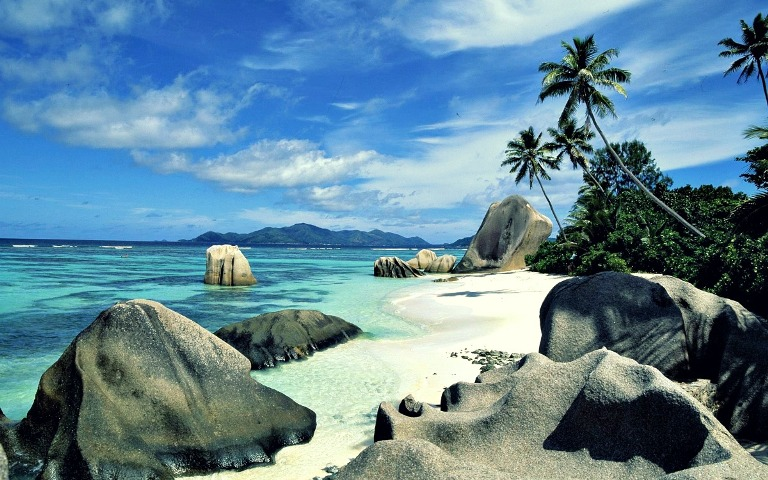 4. Isla La Digue