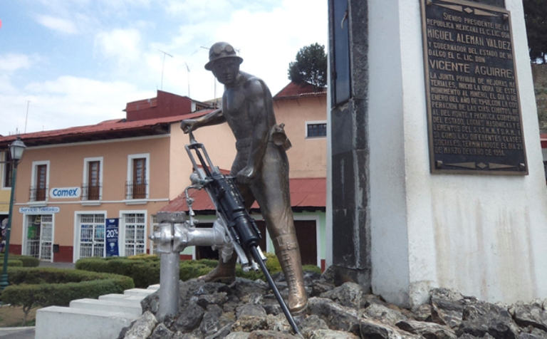 7. Monumento al Minero Anónimo