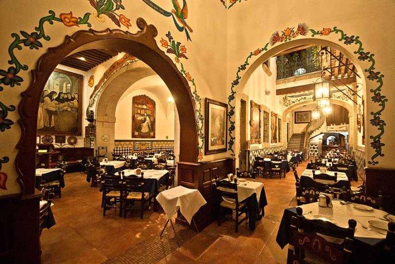 102) Café de Tacuba