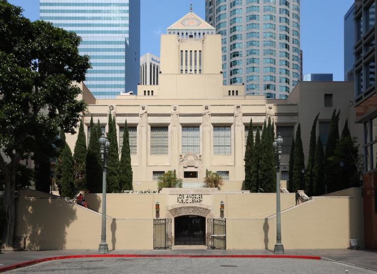 12. Biblioteca Central de Los Ángeles