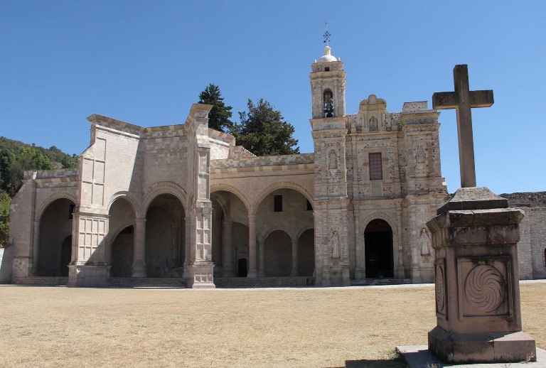 15. San Pedro y San Pablo Teposcolula
