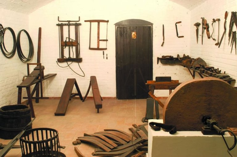 17. Museo de Artes y Costumbres Populares