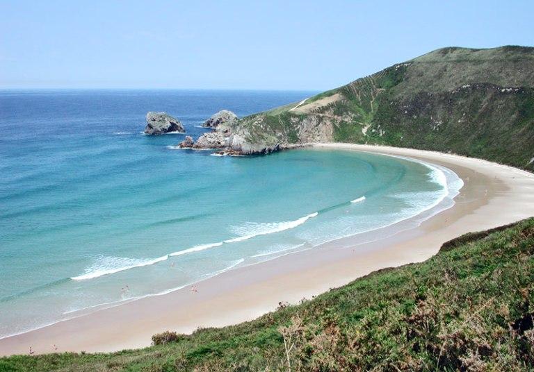 17. Playa de Torimbia, Asturias