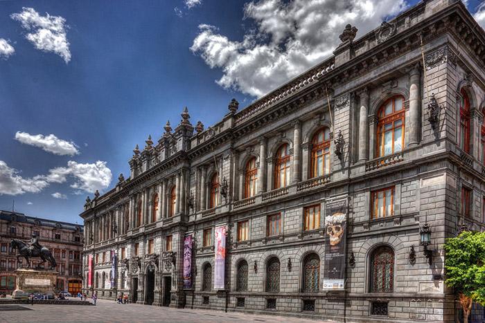 2. Museo Nacional de Arte