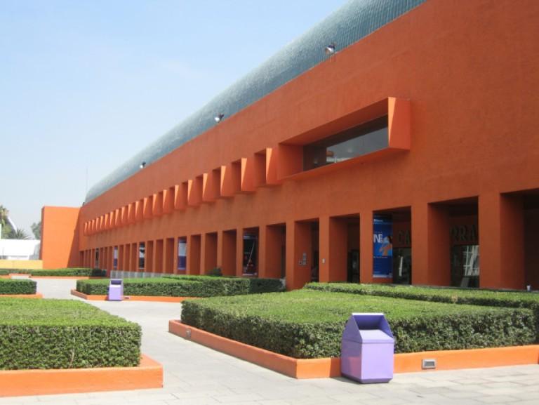 80) Centro Nacional de las Artes