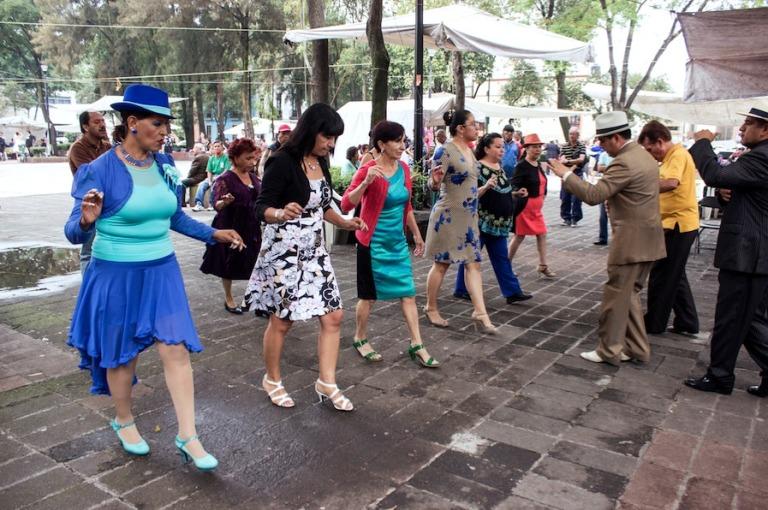 83) Aprende a bailar en la Ciudadela