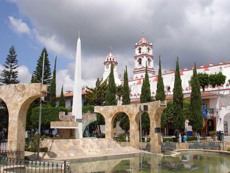 93. Ixtapan de la Sal, Edo de México