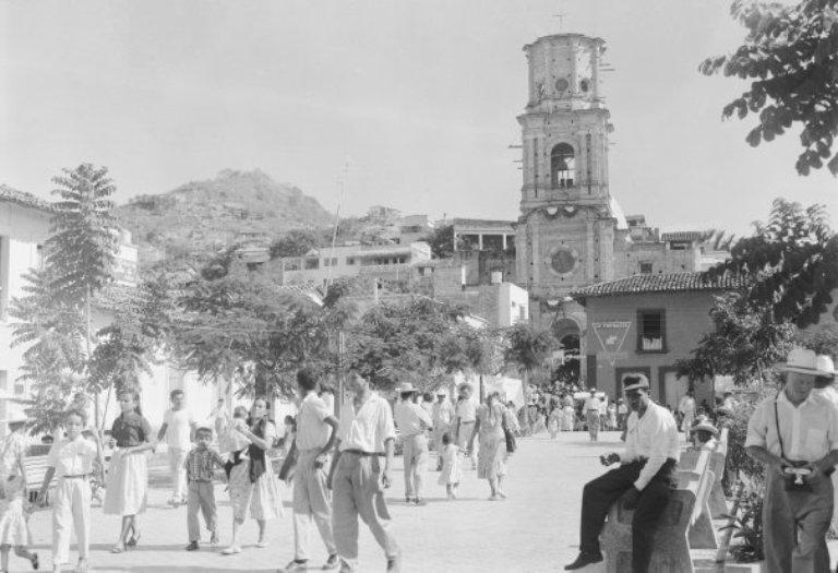 1. ¿Cuáles son los antecedentes prehispánicos de Puerto Vallarta