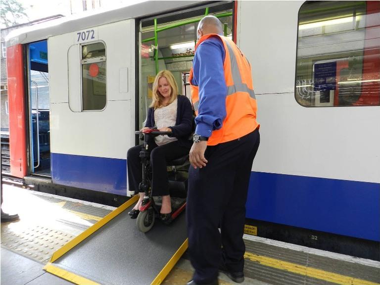 12. ¿El metro es accesible para los discapacitados