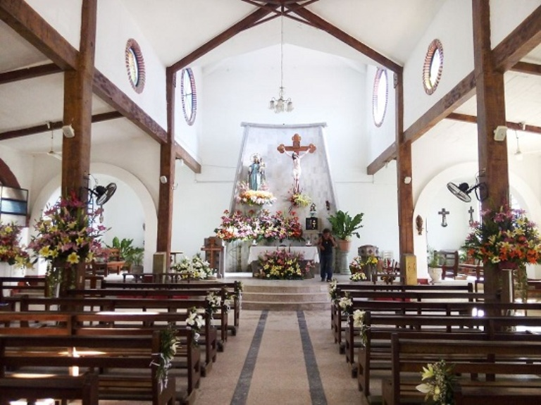 2. Visita la Iglesia dedicada a la Señora de la Paz