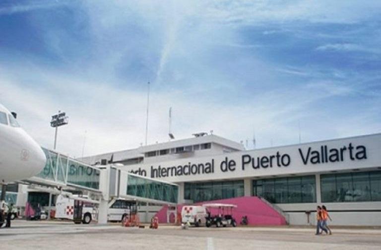 25. ¿Cuándo se construyó el aeropuerto internacional