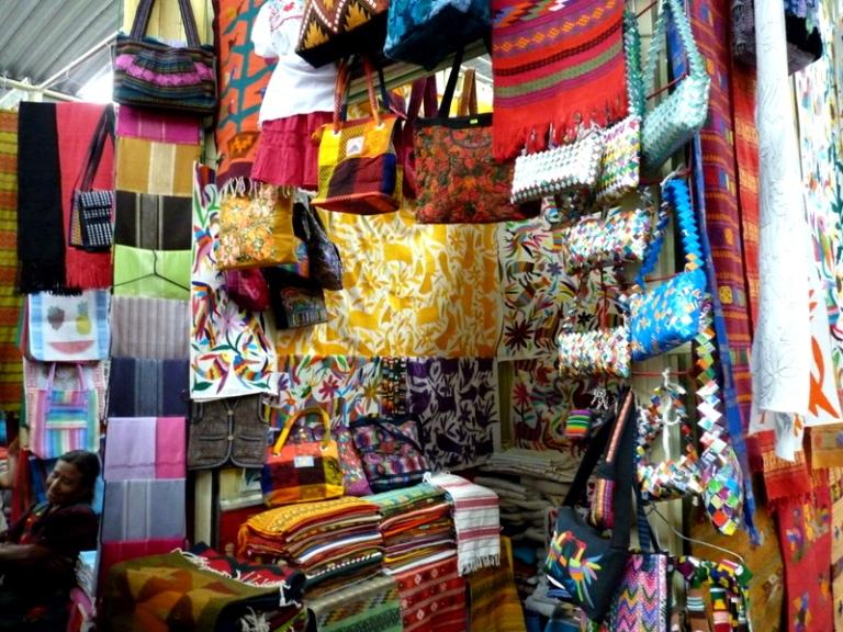 9. Mercado Artesanal Mexicano