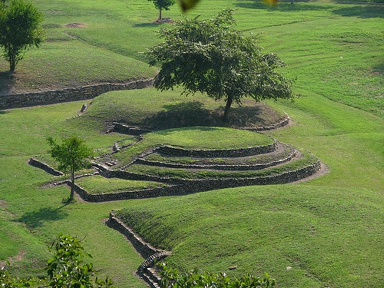 3. Conoce sus sitios arqueológicos