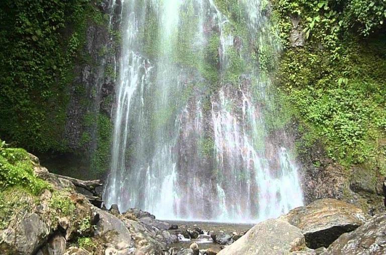 15-hay-cascadas-en-los-alrededores