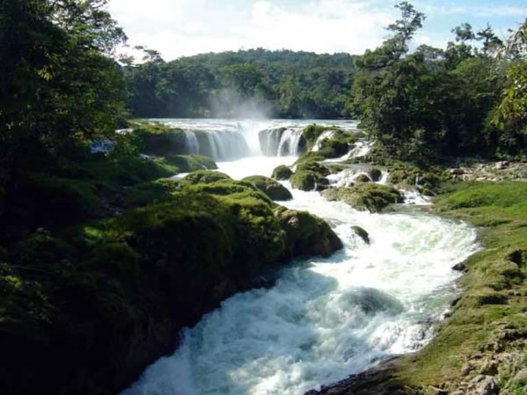 22-hay-cascadas-cerca-de-comitan
