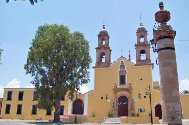 21-que-se-distingue-en-la-iglesia-del-refugio