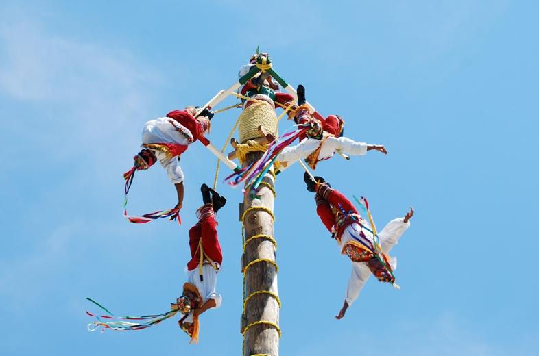 11-por-que-la-danza-de-los-voladores-forma-parte-de-su-acervo-cultural