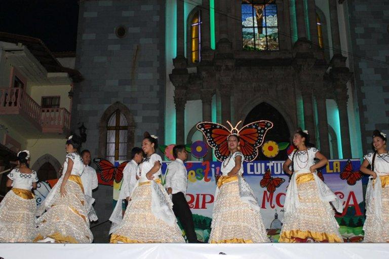14-cuales-son-las-principales-fiestas-del-pueblo