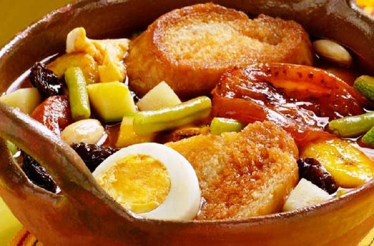 Sopa de fiesta, de la comida típica de Chiapas.