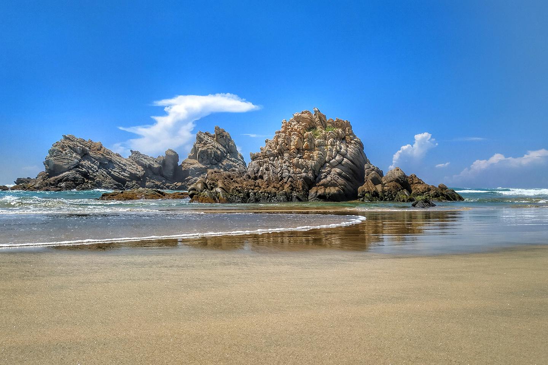 panorámica de la playa de La Llorona